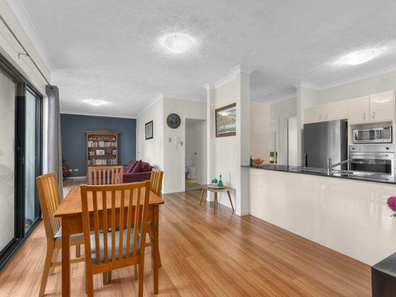 11/120 Commercial Road, Teneriffe
