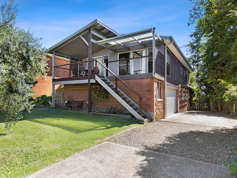 8 Forest Parade, Tomakin, NSW 2537