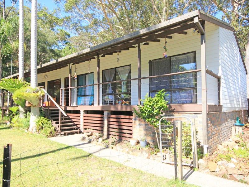384 Ocean Drive, West Haven, NSW 2443