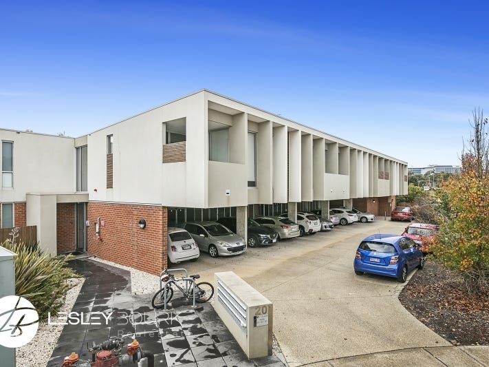 21/20 Ficinia Mews, Highton, Vic 3216