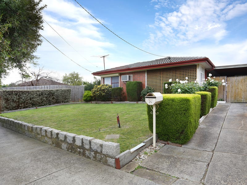 16 Rokewood Crescent, Meadow Heights, Vic 3048