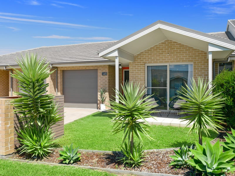 40 Churchill Circuit, Barrack Heights, NSW 2528