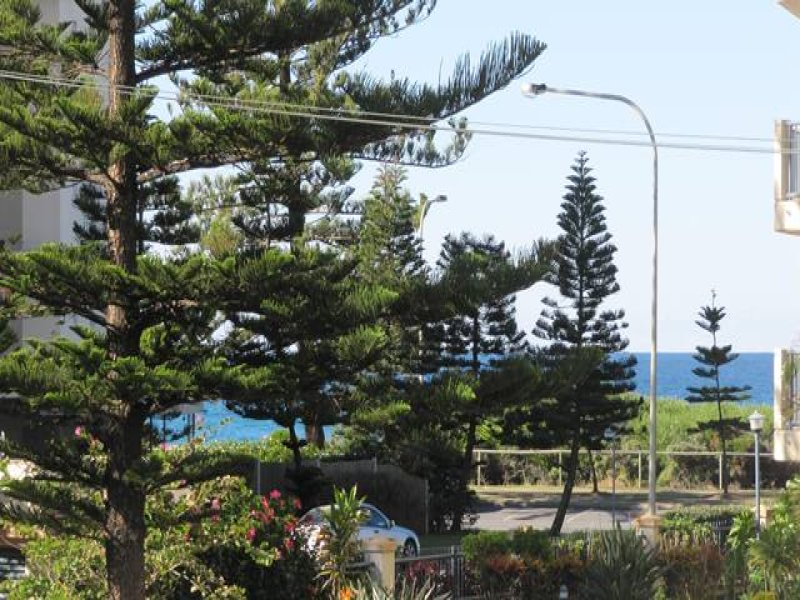 3 Regent Court 97 Old Burleigh Road Broadbeach Qld