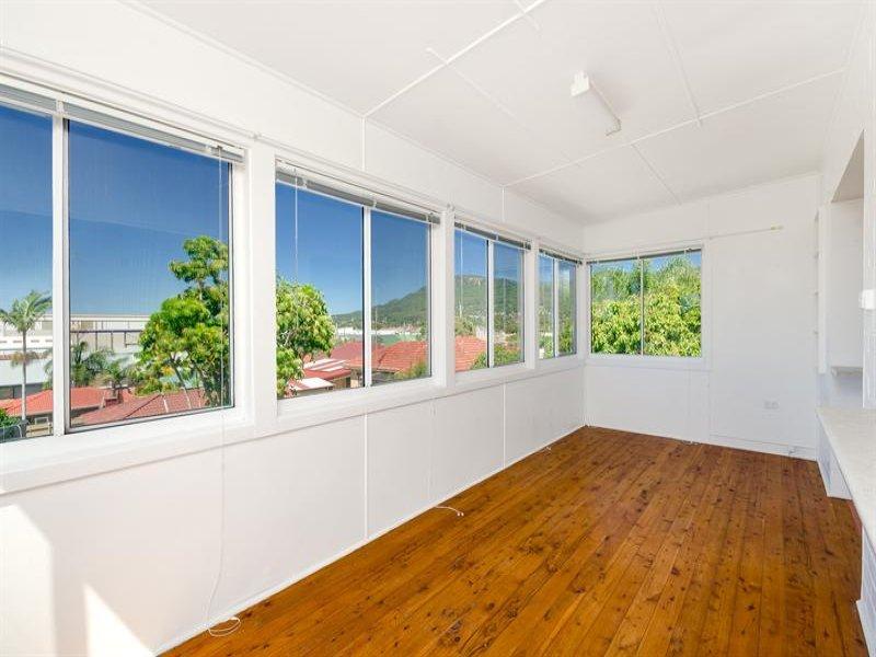 2/1 Douglas Rd, Fernhill, NSW 2519