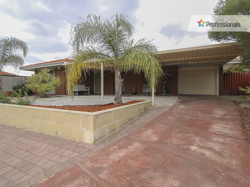 13 Bacon Place, Beechboro, WA 6063
