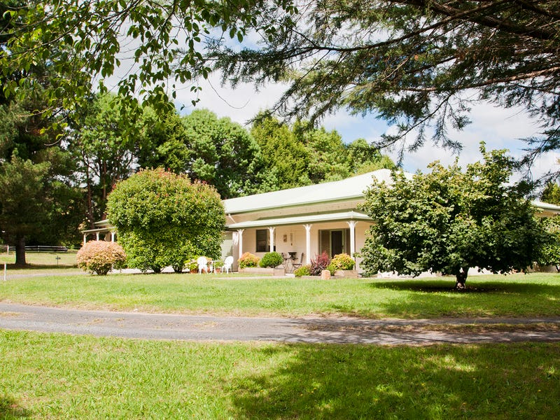 33 Wombeyan Caves Road, Mittagong, NSW 2575