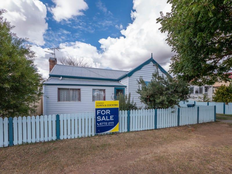 131 Taylor Street, Armidale, NSW 2350