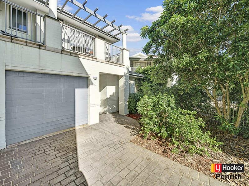 4/10 Barrett Place, Cranebrook, NSW 2749
