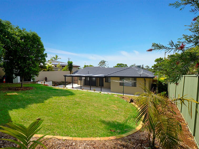 5 Westray Avenue, Banora Point, NSW 2486