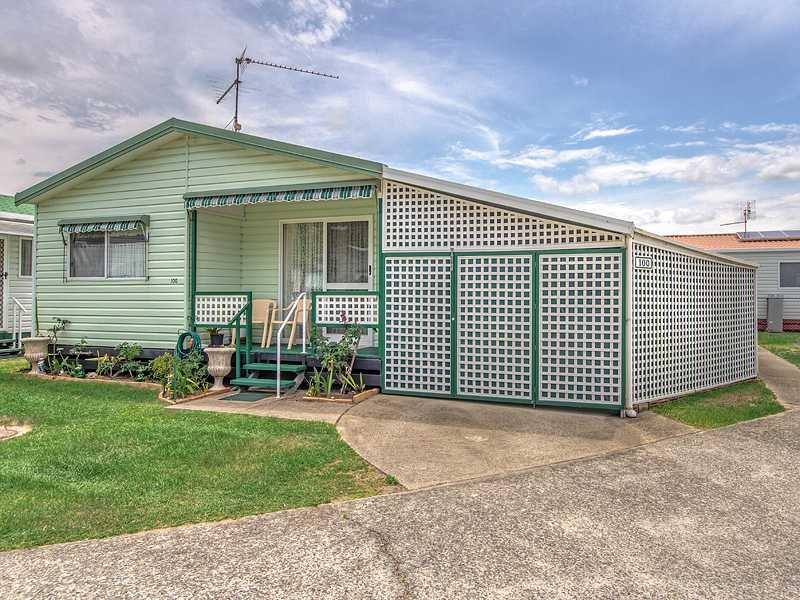 250 Kirkwood Drive West, Tweed Heads South, NSW 2486