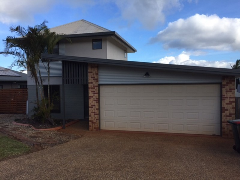 17 Country View Drive, Atherton