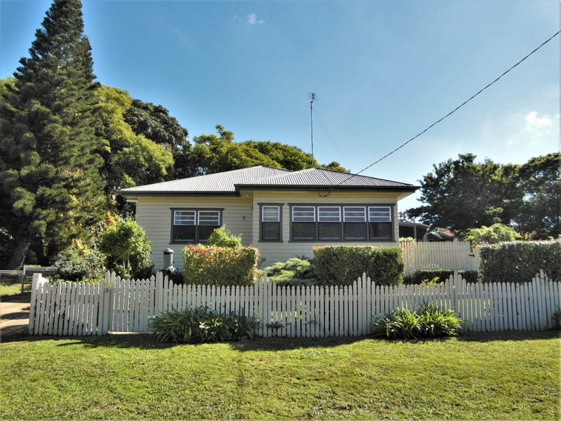 3 Ford Street, Rockville, Qld 4350