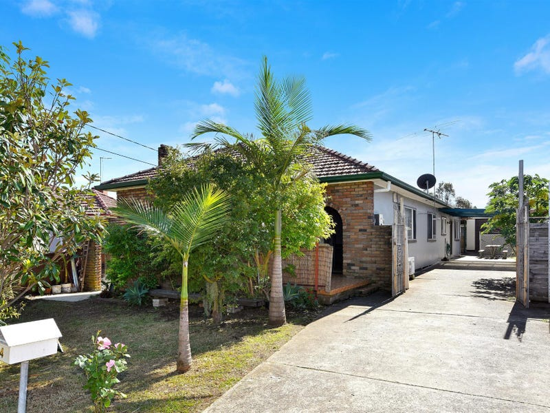 14 Station Street, Regents Park, NSW 2143
