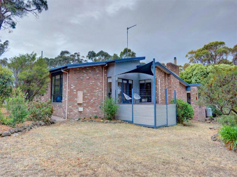 68 Eucalyptus Drive, Invermay, Vic 3352