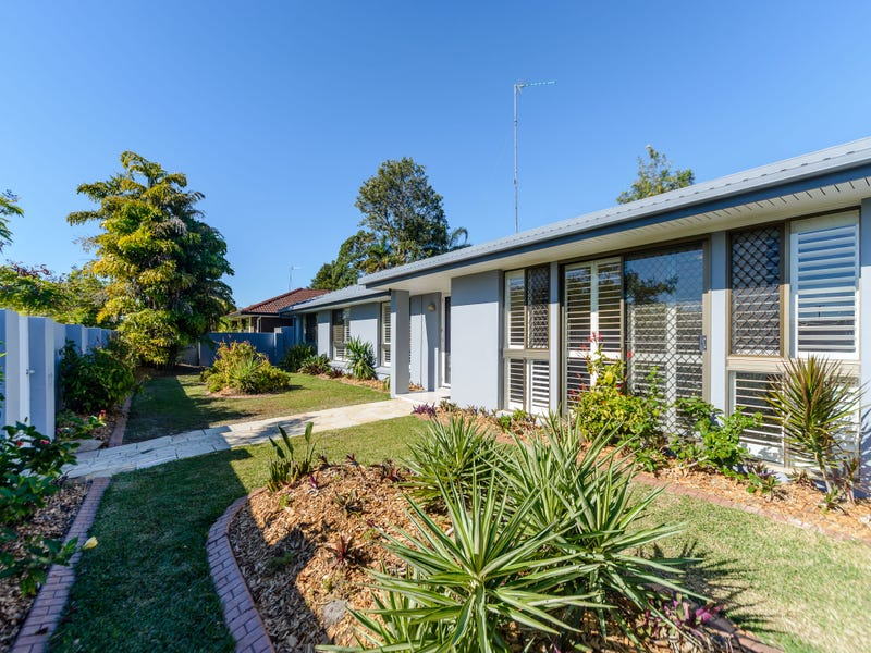 42 Columbus Drive, Hollywell