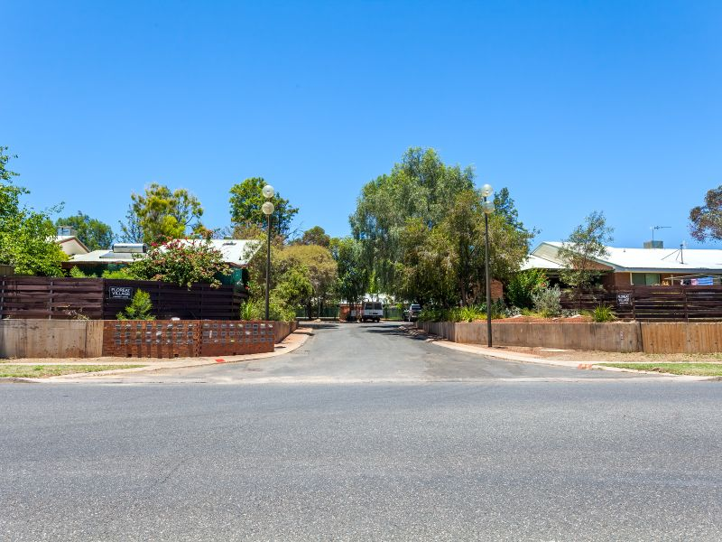 9/Unit 23 Floreat Village, Desert Springs, NT 0870