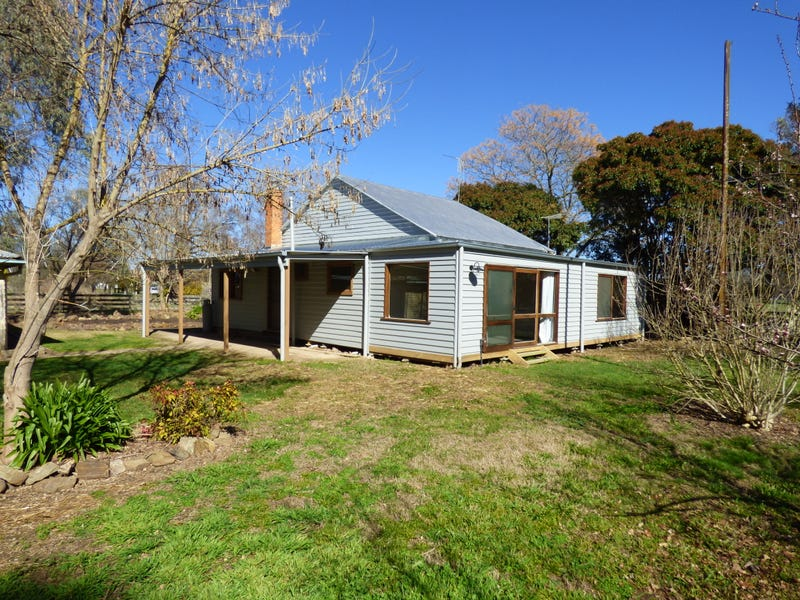481 Whorouly Road, Myrtleford, Vic 3737