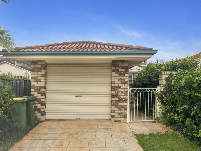 1/18 Randwick Court, Varsity Lakes, Qld 4227