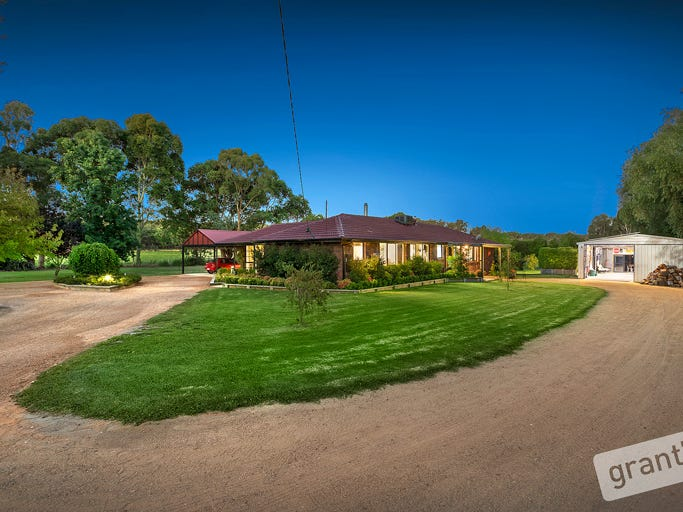 62 Hatchs Road, Nyora, Vic 3987