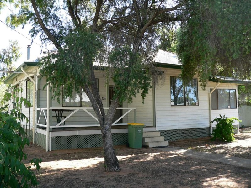13 Mitchell Street, Bourke, NSW 2840