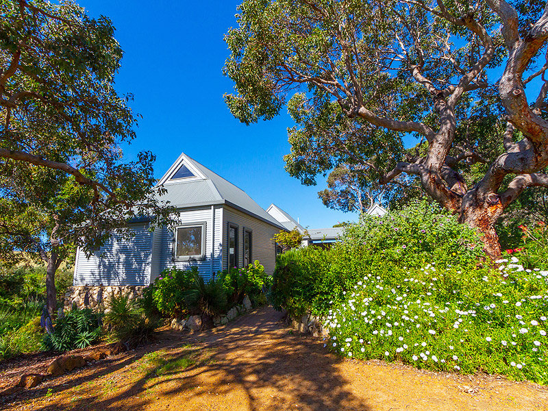 36 Eagle Bay Road, Eagle Bay, WA 6281
