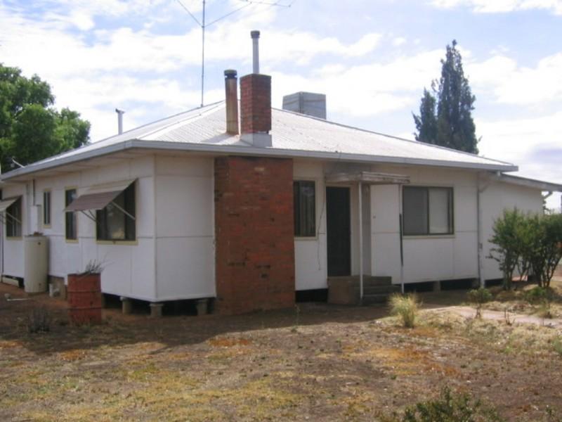 13 Benerembah Street, Whitton, NSW 2705