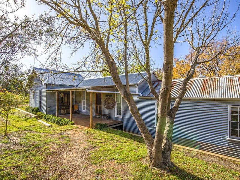 557 Briars Sharrow Rd, Bungendore, NSW 2621