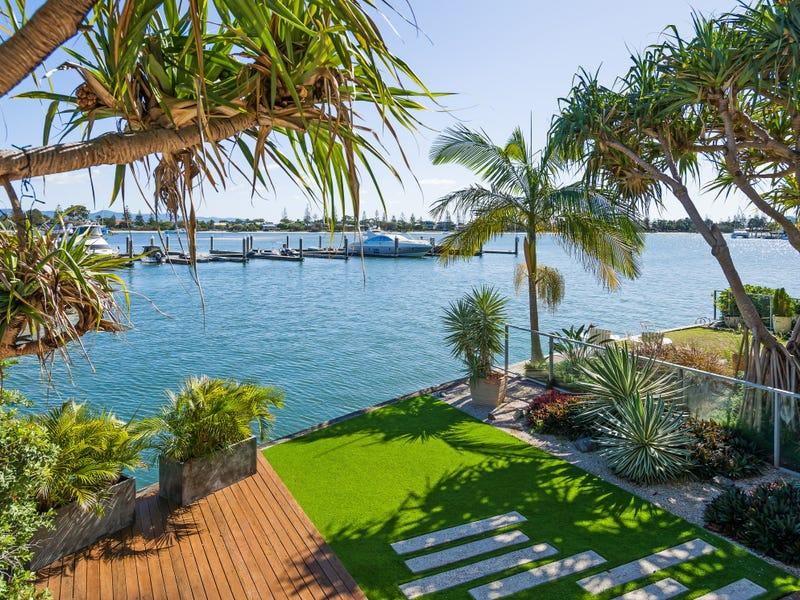 10101 Ephraim Island Parade, Paradise Point, Qld 4216