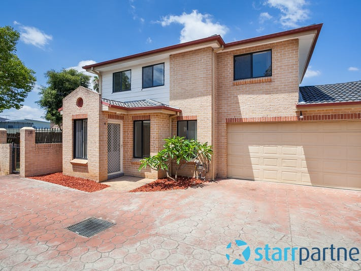 4/151 Blaxcell St, Granville, NSW 2142
