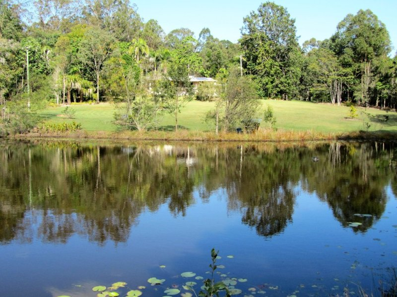 106 Atkinson Road, Araluen, Qld 4570