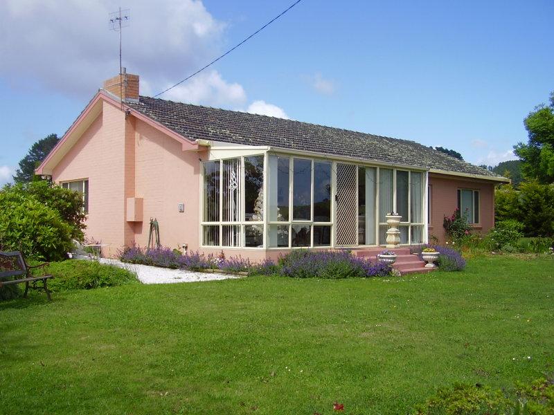 335 Preolenna Road, Flowerdale, Tas 7325