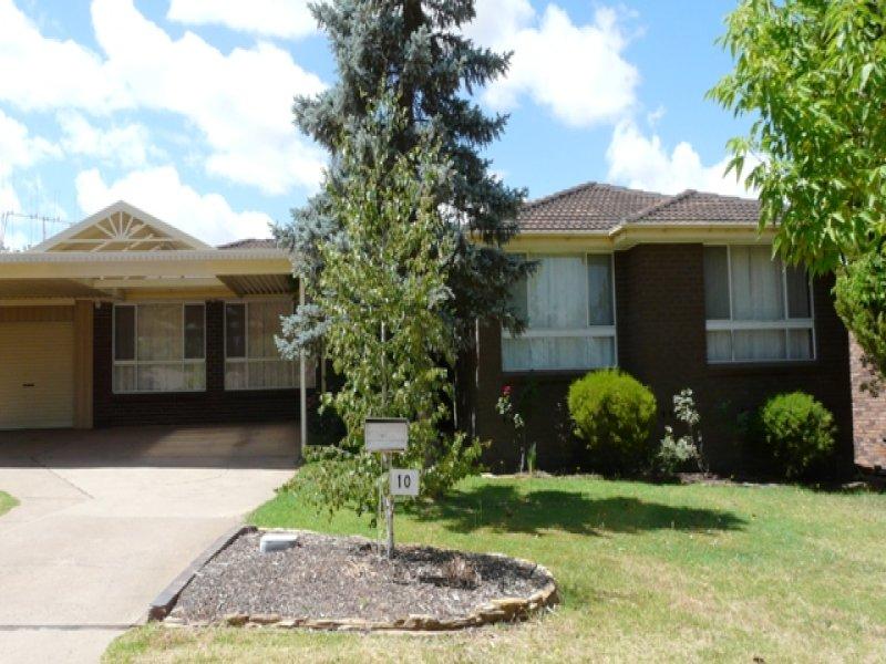 10 Cangoura Street, Bathurst, NSW 2795