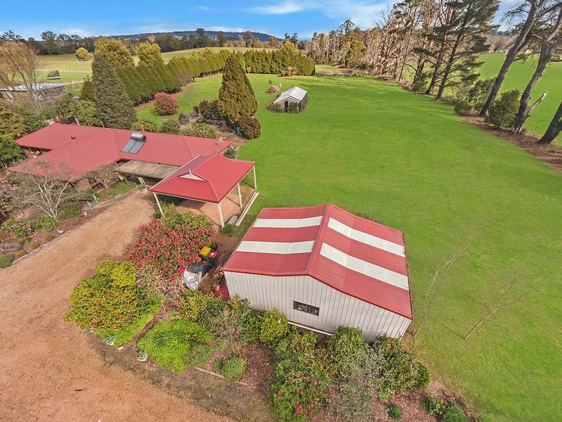 1205 Whittlesea Kinglake Road, Kinglake West, Vic 3757