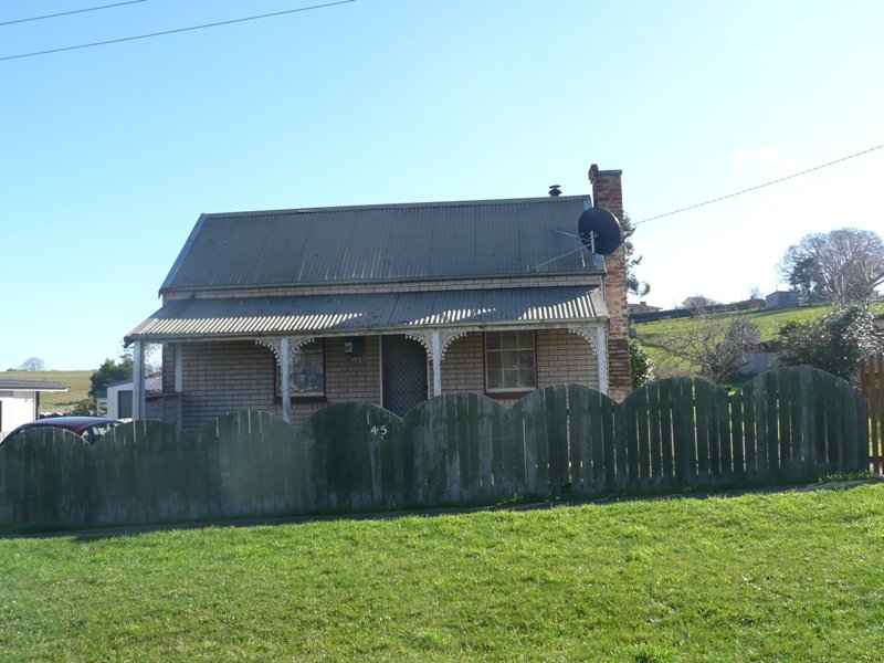 45 Tower Hill Street, Deloraine, Tas 7304