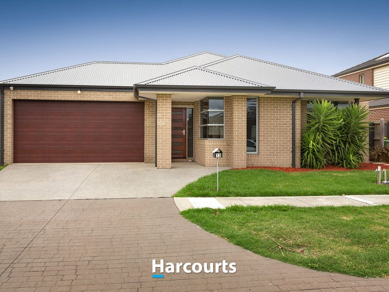 13 Silverleaf Crescent, Officer, Vic 3809