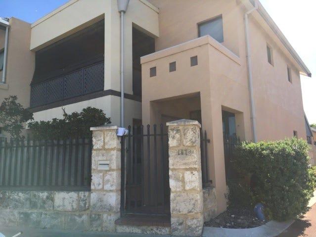 8/197 Hampton Road, South Fremantle