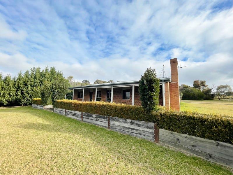 62 KABARDIN LANE, Young, NSW 2594