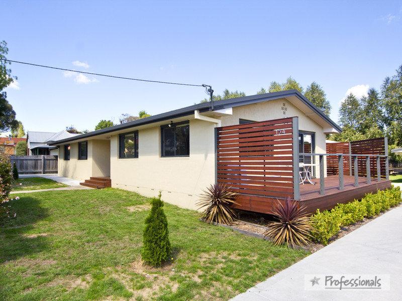 2/154 Allingham Street, Armidale, NSW 2350