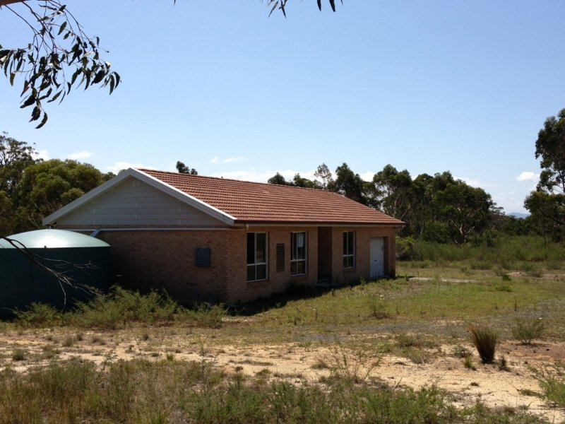 Cnr Sinclair Road & Pinces Highway, Falls Creek, NSW 2540