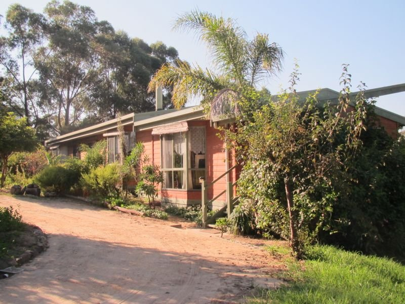 138 Colquhuon Road, Lakes Entrance, Vic 3909