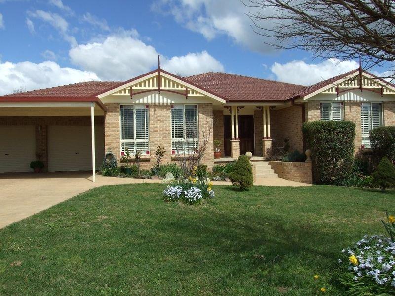 10 Cianfrano Place, Orange, NSW 2800