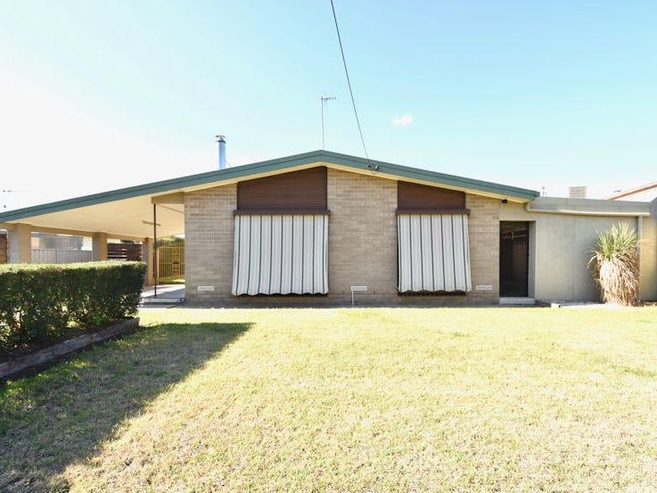 429 SLOANE STREET, Deniliquin, NSW 2710