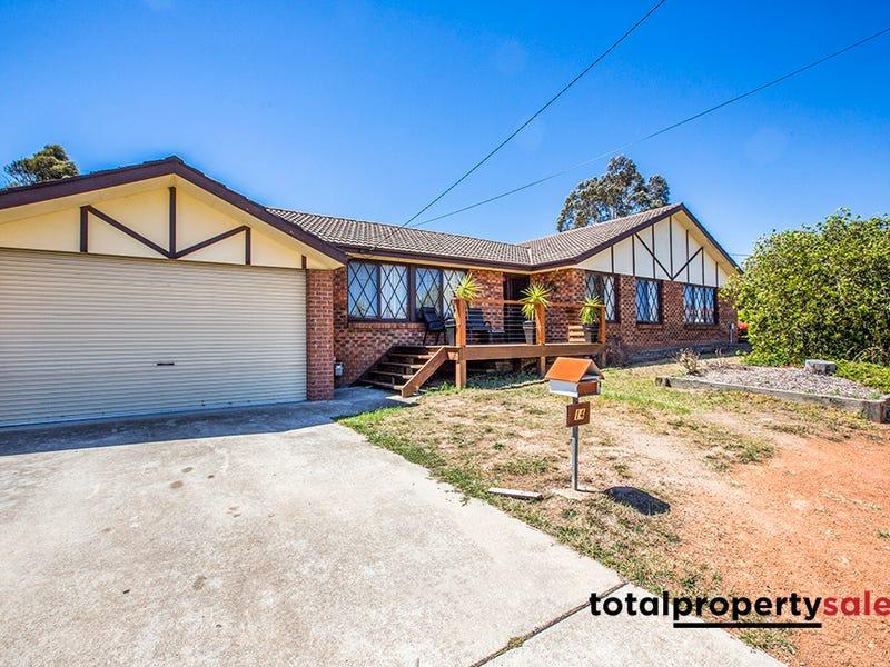 14 Robertson St, Queanbeyan West, NSW 2620