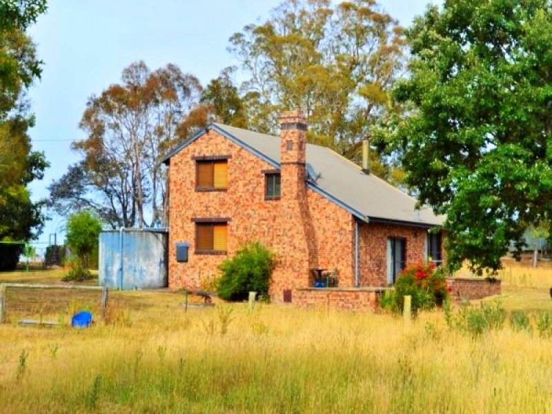 10 West Street, Ben Lomond, NSW 2365