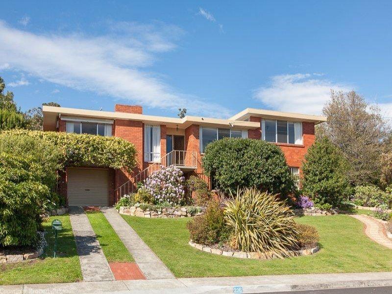 206 Carella Street, Howrah, Tas 7018