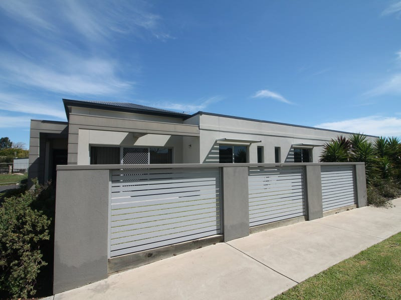 Unit 15/49 Drevermann Street, Bairnsdale, Vic 3875