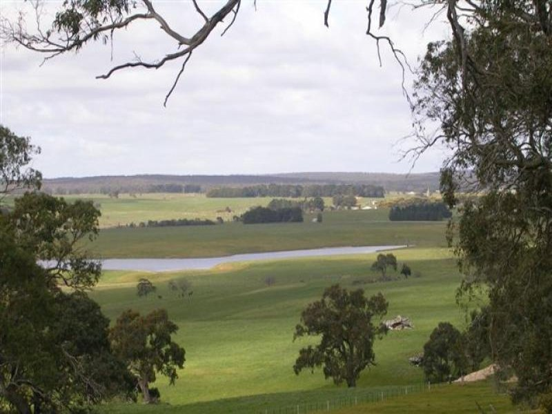 Address available on request, Carngham, Vic 3351