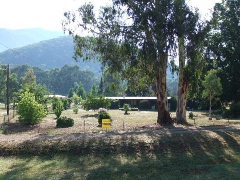 871 Great Alpine Rd, Freeburgh, Vic 3741