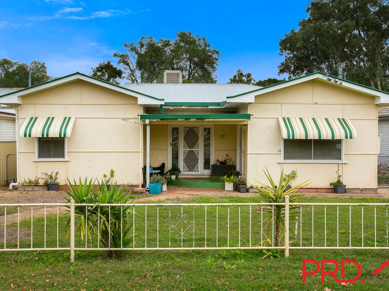 12 Hyman, North Tamworth, NSW 2340