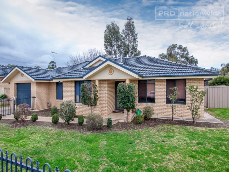 2/1 Post Place, Lake Albert, NSW 2650